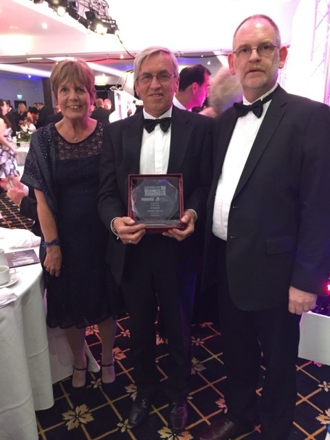 (l-r) Maureen Cooper, Brain Cooper and Tim Parkinson with our award.